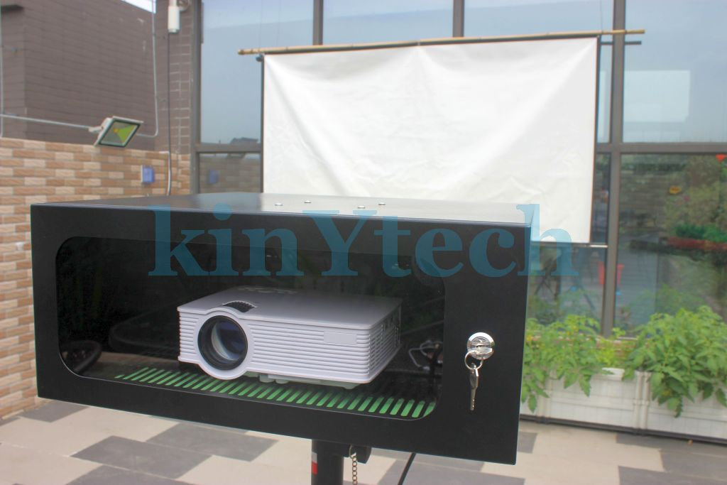 enclosure for outdoor projector.JPG